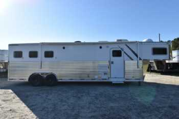 #32394 - Used 2005 Sooner 8313LQ 3 Horse Trailer  with 13' Short Wall