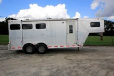 #43055 - Used 1998 Cato Classic 7304 3 Horse Trailer  with 4' Short Wall
