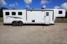 #05909 - New 2016 Bison Trail Boss 7310LQTO 3 Horse Trailer  with 10' Short Wall