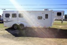 #00200 - Used 2009 Bison Stratus Express 7380LQ 3 Horse Trailer  with 8' Short Wall