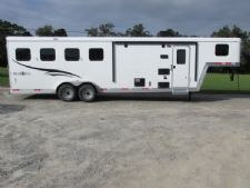 #05937 - New 2016 Bison Trail Boss 7408LQ 4 Horse Trailer  with 8' Short Wall