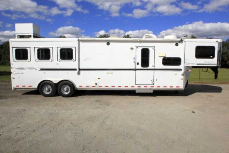 #A2962 - Used 2007 Sundowner 8312LQ Sierra 3 Horse Trailer with 12' Short Wall