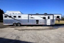 #06076 - New 2016 Bison Premiere 8417GLQUG 4 Horse Trailer  with 17' Short Wall