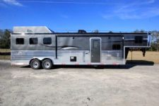 #06109 - New 2016 Bison Ranger 8312GLQ 3 Horse Trailer  with 12' Short Wall
