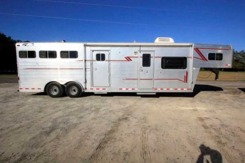 4 star horse trailer for sale used 1998 3 horse trailer for Shop with living quarters for sale