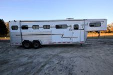 #00887 - Used 2002 Adam Weekender 4 Horse Trailer  with 6' Short Wall