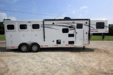 #01445 - New 2016 Lakota Lakota Charger 7309LQ 3 Horse Trailer  with 9' Short Wall