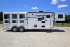 #01455 - New 2016 Lakota Lakota Charger 7309LQ 3 Horse Trailer  with 9' Short Wall