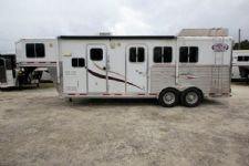 #87623 - Used 2007 Lakota 7309LQ 3 Horse Trailer  with 9' Short Wall