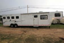 #45223 - Used 2004 Kiefer Built GENESIS 4 Horse Trailer  with 14' Short Wall