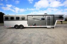 #06112 - New 2016 Bison Laredo 8412GLQ BAR 4 Horse Trailer  with 12' Short Wall