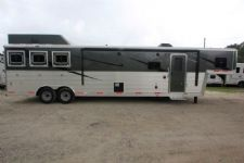 #06196 - New 2016 Bison Premiere 8314GLQBAR 3 Horse Trailer  with 14' Short Wall