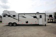 #05962 - New 2016 Bison Premiere 8314GLQDS 3 Horse Trailer  with 14' Short Wall