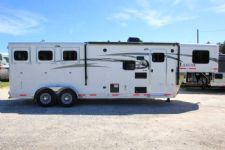 #00085 - New 2017 Lakota 7309GLQ Charger 3 Horse Trailer  with 9' Short Wall