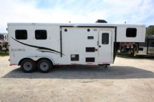 #06289 - New 2016 Bison Trail Hand 7206LQ S 2 Horse Trailer  with 6' Short Wall