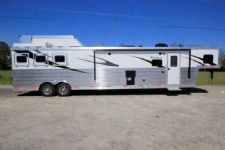 #06293 - New 2016 Bison Premiere 8317GLQDS 3 Horse Trailer  with 17' Short Wall