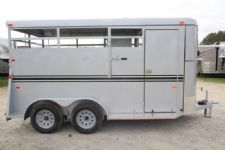 #77286 - New 2016 Bee 2HBPSS 2 Horse Trailer  with 5' Short Wall