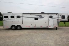 #00203 - New 2017 Lakota BIGHORN 8316SRGLQ 3 Horse Trailer  with 16' Short Wall