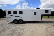#06412 - New 2017 Bison 7306LQ Dixie Renegade 3 Horse Trailer  with 6' Short Wall