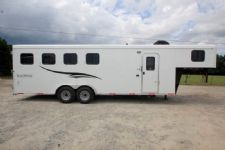 #06413 - New 2017 Bison 7406LQ Dixie Renegade 4 Horse Trailer  with 6' Short Wall