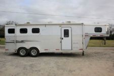#31777 - Used 2005 Exiss ES307LQ Weekender 3 Horse Trailer  with 7' Short Wall
