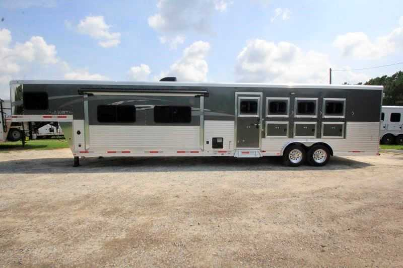 4 horse lakota horse trailer with living quarters dixie
