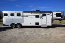 #00289 - New 2017 Lakota Charger 8311DRLQ 3 Horse Trailer  with 11' Short Wall
