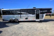 #06392 - New 2016 Bison Laredo 8310GLQ 3 Horse Trailer  with 10' Short Wall