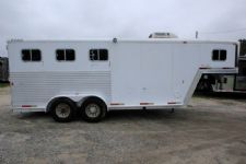 #10034 - Used 2001 Exiss XT300 3 Horse Trailer  with 4' Short Wall
