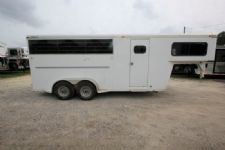 #09554 - Used 2001 Trail Magic 7340GN 3 Horse Trailer  with 4' Short Wall