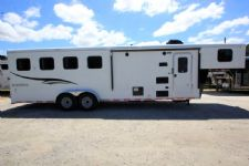 #06626 - New 2017 Bison Trail Hand 7408LQ 4 Horse Trailer  with 8' Short Wall