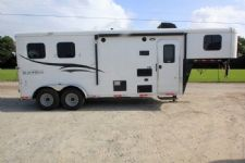 #06634 - New 2017 Bison Trail Hand 7206LQ S 2 Horse Trailer  with 6' Short Wall