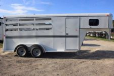 #77391 - New 2017 Bee 3HGNSL 3 Horse Trailer  with 2' Short Wall