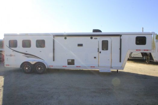 #06670 - New 2017 Bison Trail Boss 7310SO 3 Horse Trailer  with 10' Short Wall