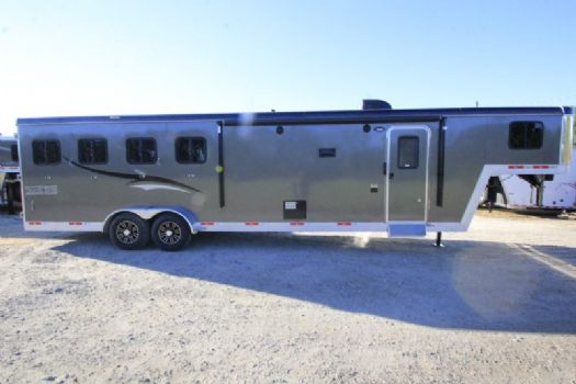 #06675 - New 2017 Bison Trail Boss 7410SO 4 Horse Trailer  with 10' Short Wall