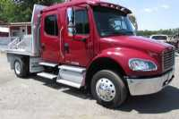 #Z0114 - Used 2011 Freightliner M2 106 Truck