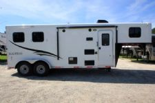 #06714 - New 2017 Bison Trail Hand 7206LQ S 2 Horse Trailer  with 6' Short Wall