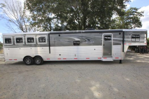#00681 - New 2017 Lakota 8416SRBGLQ BIGHORN 4 Horse Trailer  with 16' Short Wall