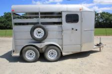 #41060 - Used 2009 Ponderosa 2HBP 2 Horse Trailer  with 2' Short Wall