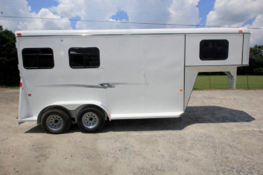 #77374 - New 2017 Bee 2HGNSLDLX 2 Horse Trailer  with 3' Short Wall