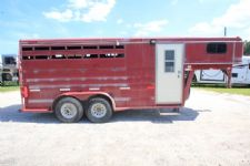 #00495 - Used 1995 Titan 7304GN 3 Horse Trailer  with 2' Short Wall