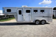 #32274 - Used 2005 Exiss Sport 7304GN 3 Horse Trailer  with 4' Short Wall