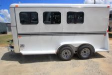 #77397 - New 2017 Bee 3HBPSLDLX 3 Horse Trailer  with 2' Short Wall