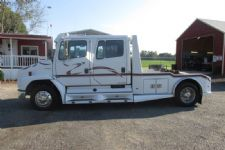 #41236 - Used 2000 Freightliner FL60 Truck