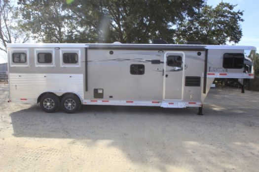 #00907 - New 2017 Lakota Charger 8311GLQ 3 Horse Trailer  with 11' Short Wall