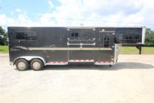 #B8226 - Used 2003 Sundowner 2+1 with DR 2 Horse Trailer  with 4' Short Wall