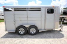 #00396 - Used 2012 Calico 3HBP 3 Horse Trailer  with 2' Short Wall