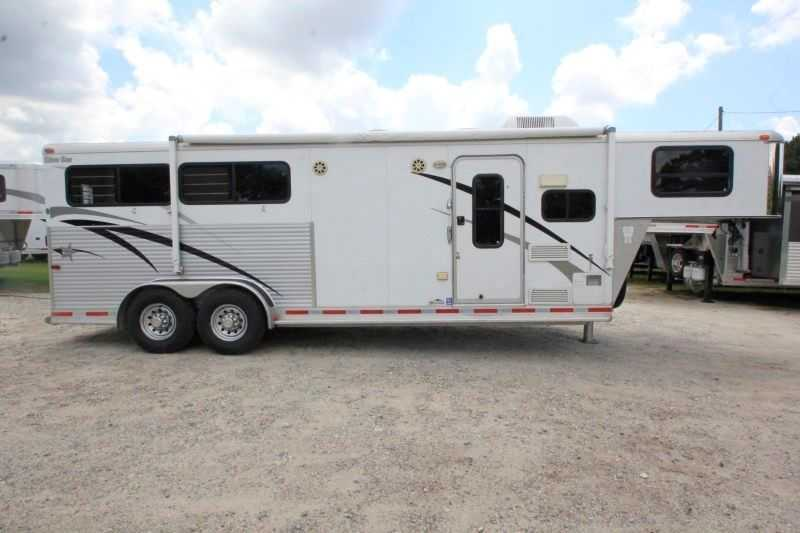 #02783 - Used 2005 Silver Star 7308LQ 3 Horse Trailer with 8' Short Wall