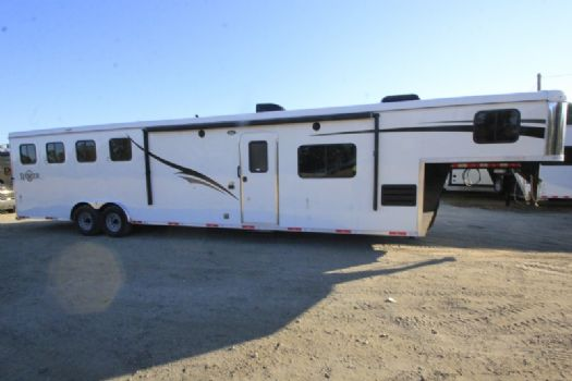 #06913 - New 2017 Bison Ranger 8415 4 Horse Trailer  with 14' Short Wall