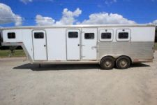 #14464 - Used 2002 Exiss 7308MTLQ 3 Horse Trailer  with 8' Short Wall